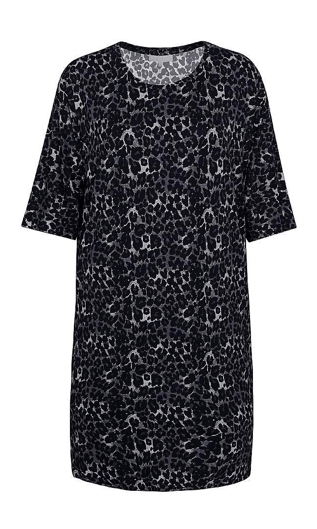2c358f082f01 Leopard tunika kjole fra ZE-ZE